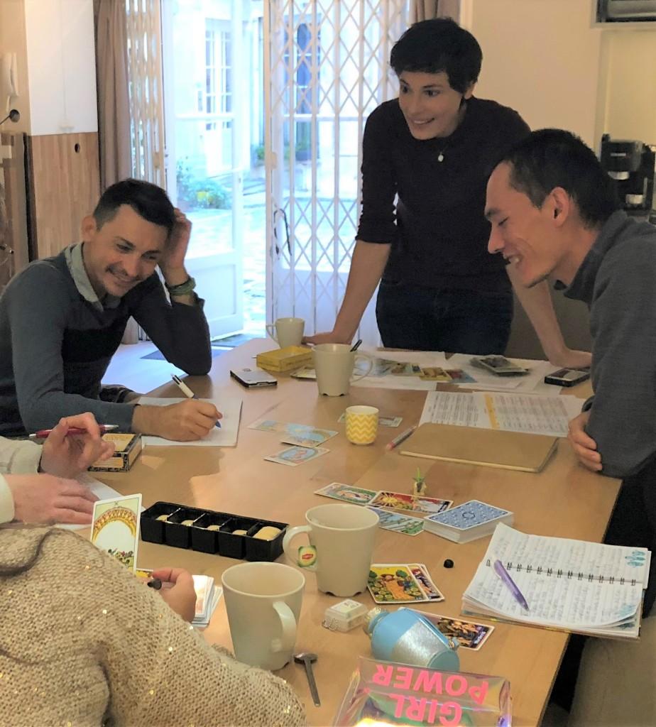 atelier collectif tarot tirages paris pratiquer