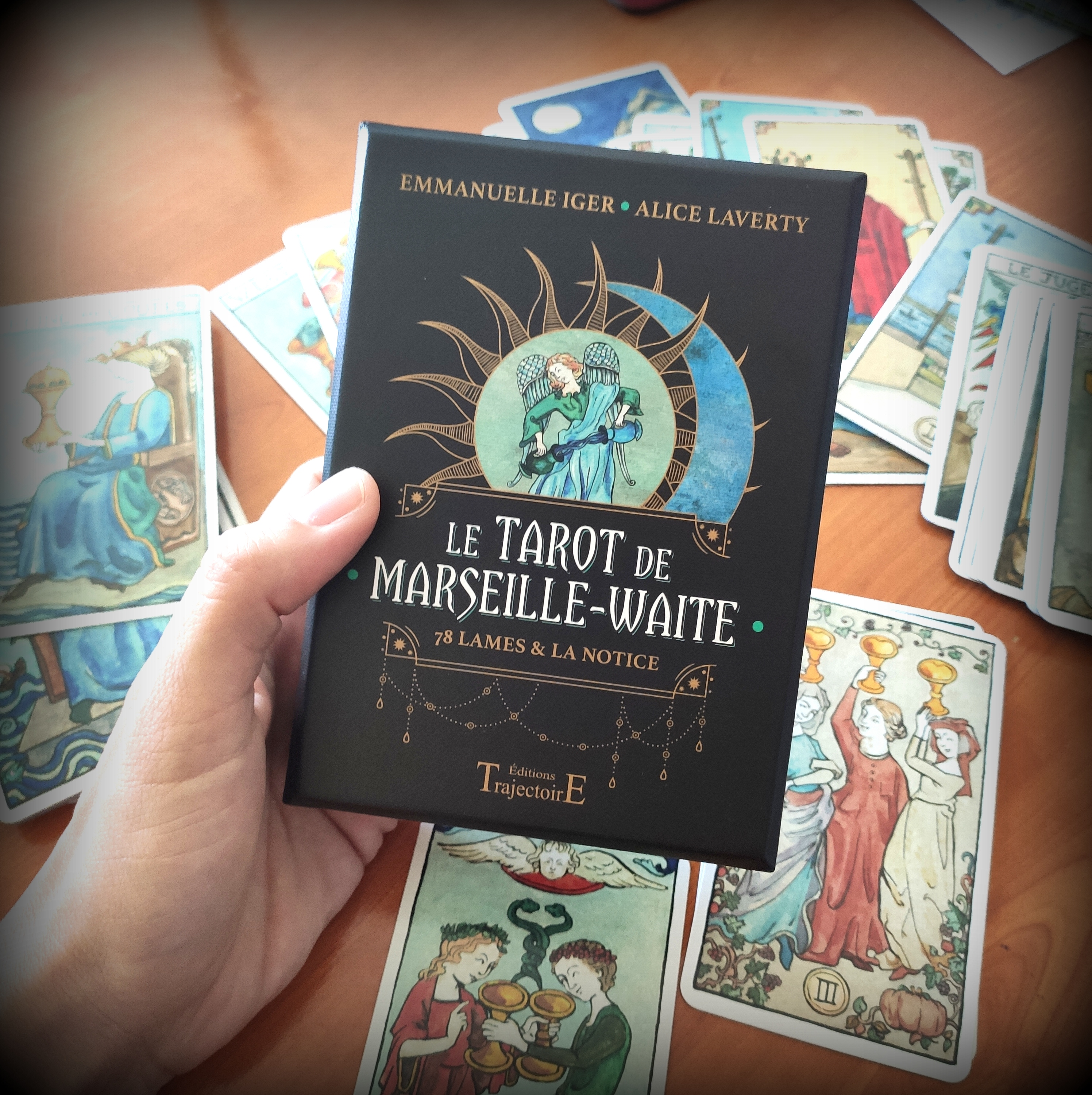 iger laverty tarot marseille waite