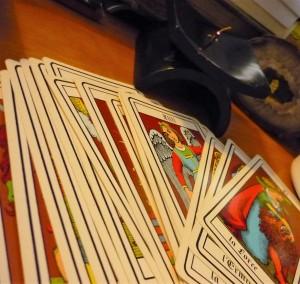 cartes-tarot-encens-rituel