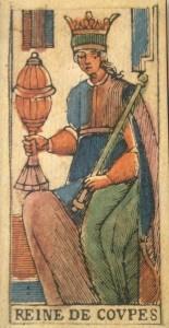 reine-de-coupes-tarot-bologne